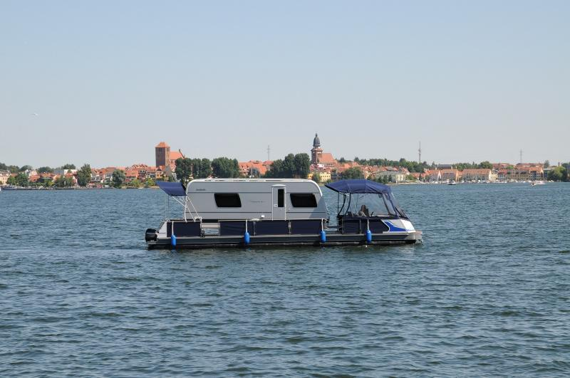 urlaub auf dem hausboot freecamper watercamper und. Black Bedroom Furniture Sets. Home Design Ideas