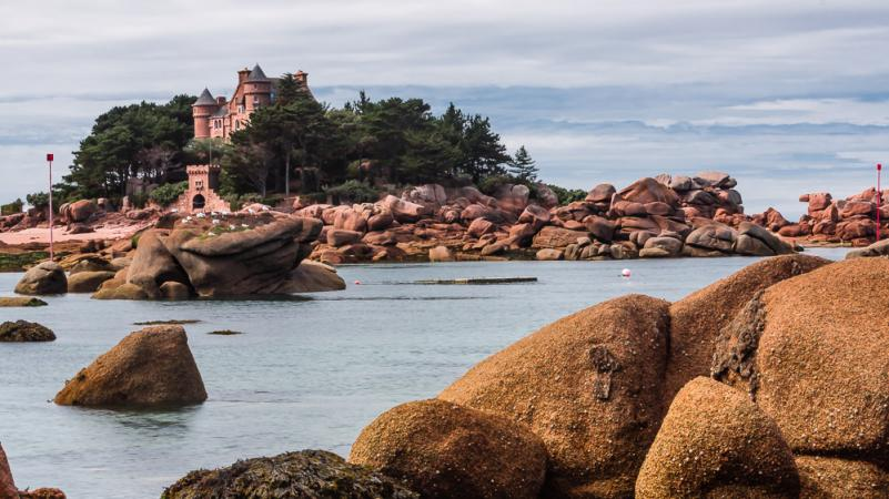 Cote Granite Rose in Brittany