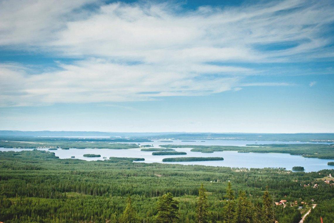 Siljan See in Schweden aus der Vogelperspektive