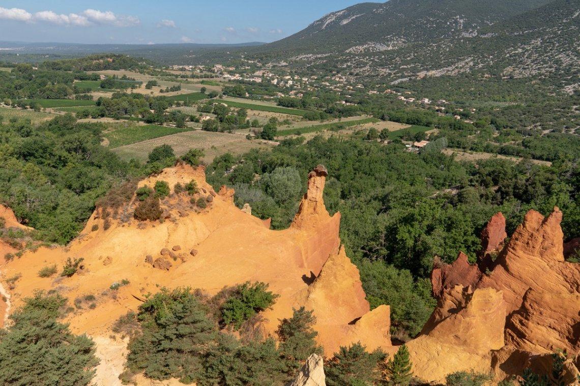 Ockerfelsen im Luberon in der Provence