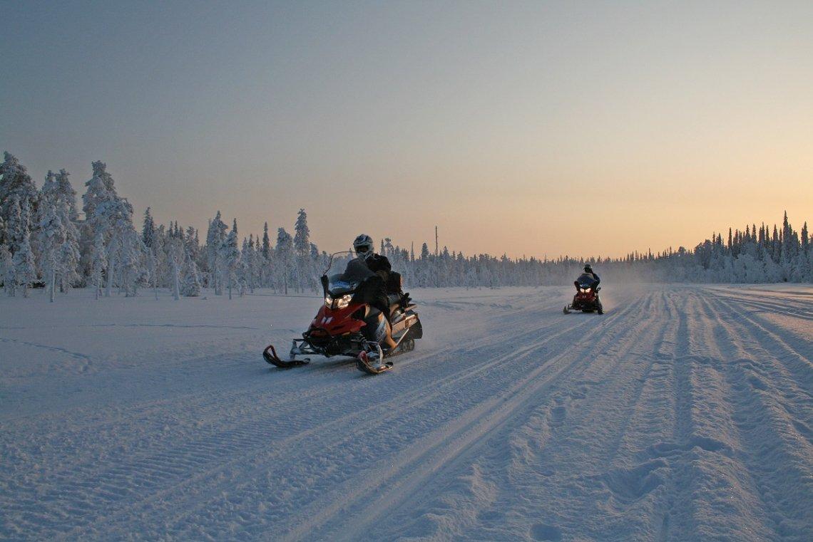 Schneesmobiltour Finnland im Nationalpark Pyhä-Luosto