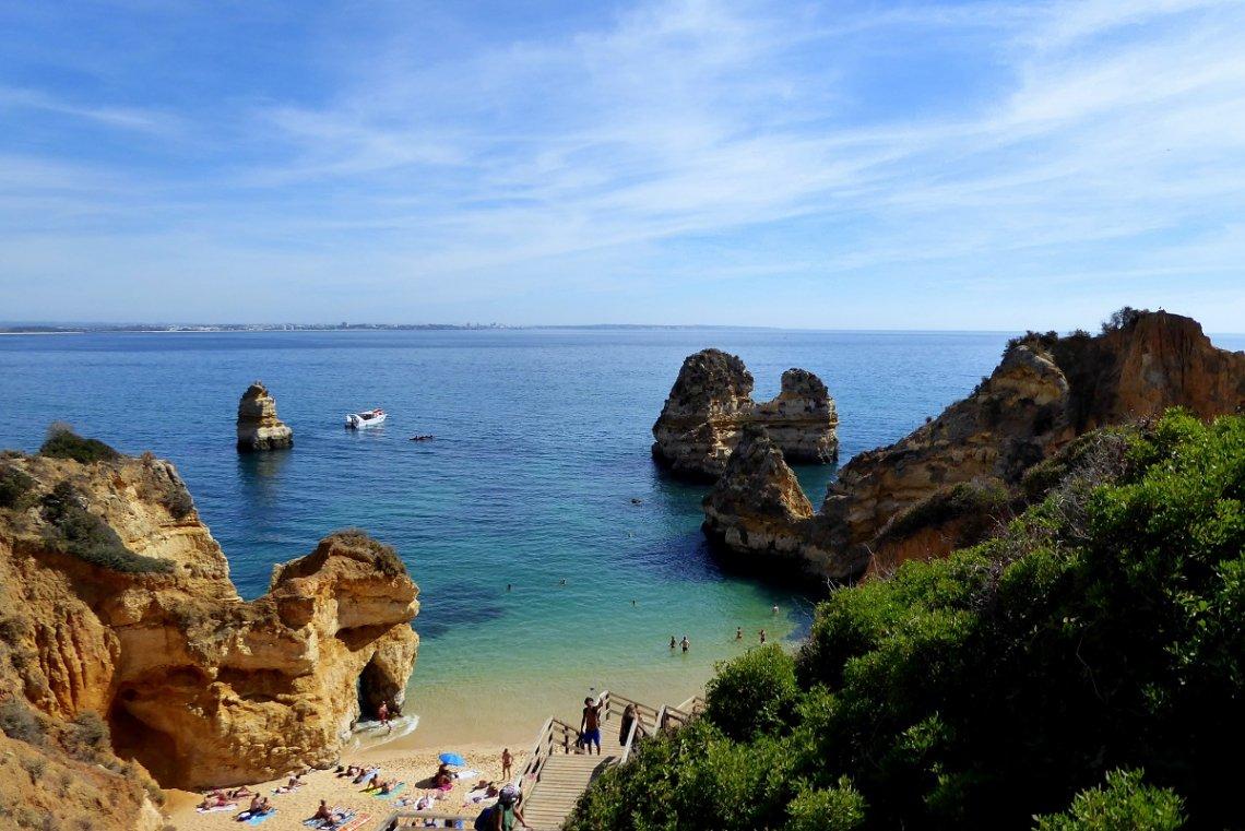 Bucht an der Algarve in Portugal