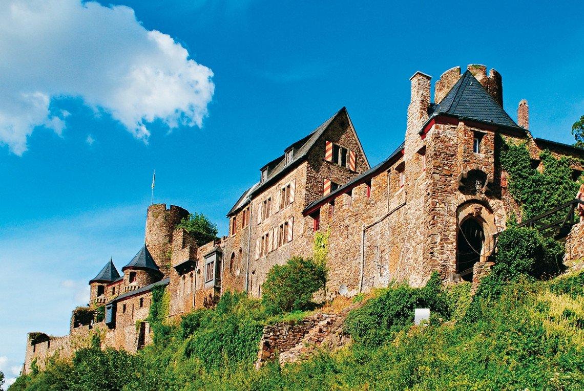 Burg Thurant an der Mosel bei Alken