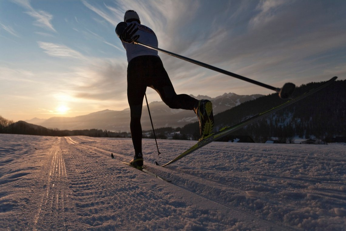 Skilanglauf bei Sonnenuntergang in Ramsau am Dachstein