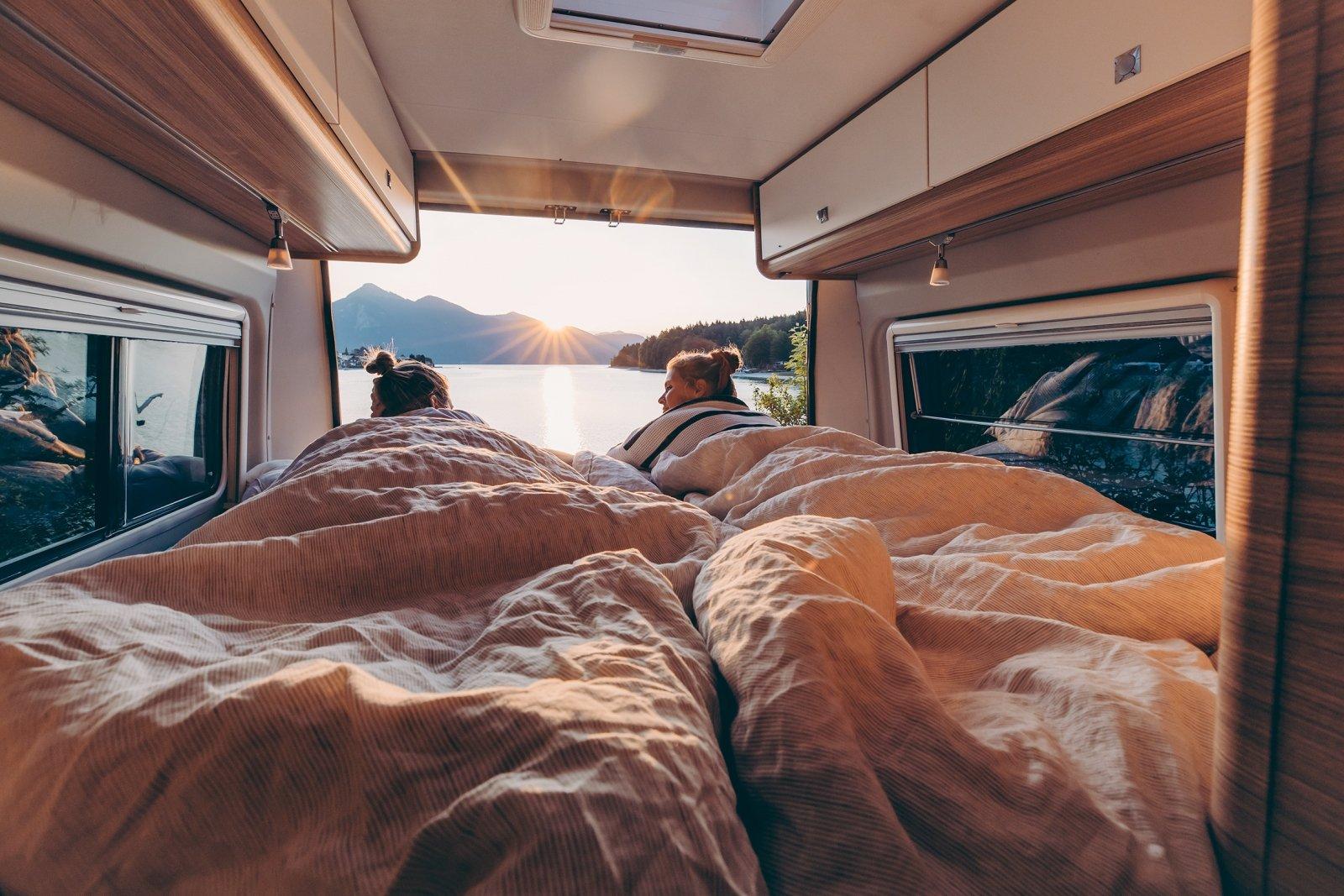 Schlafen im Wohnmobil - neun Grundrisse zur Auswahl - FREEONTOUR