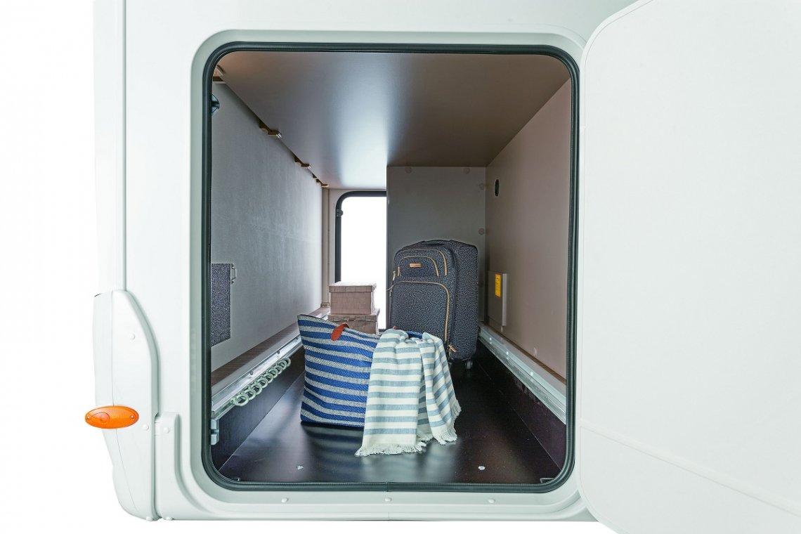 gepackte Heckgarage im Etrusco Reisemobil