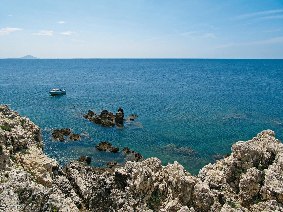 Blick von Crna Punta aufs Meer