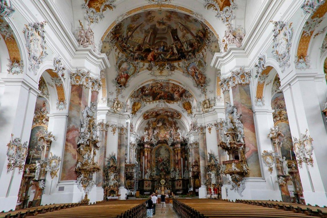 Blick ins Innere der Basilika von Ottobeuren