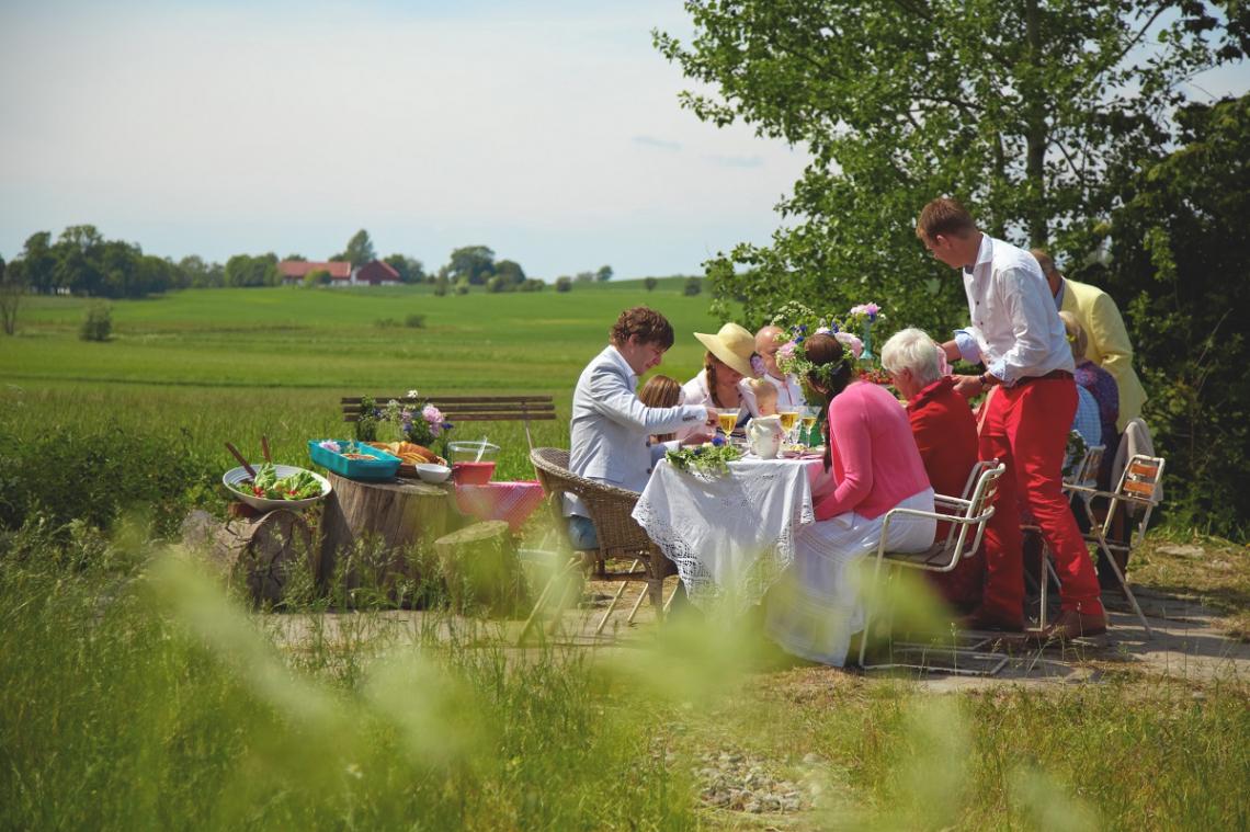 Mittsommeressen im Kreis der Familie, Schweden