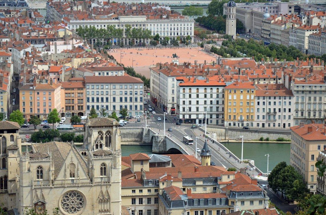Blick auf Lyon von oben
