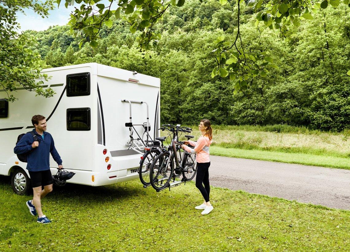 Elektrisch absenkbarer Fahrradträger für Wohnmobile