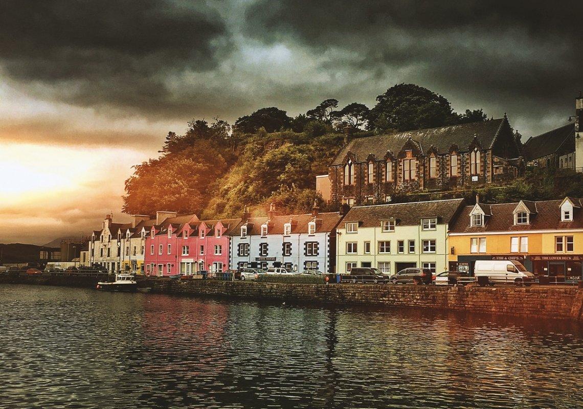 Hafen von Portree auf der Isle of Skye