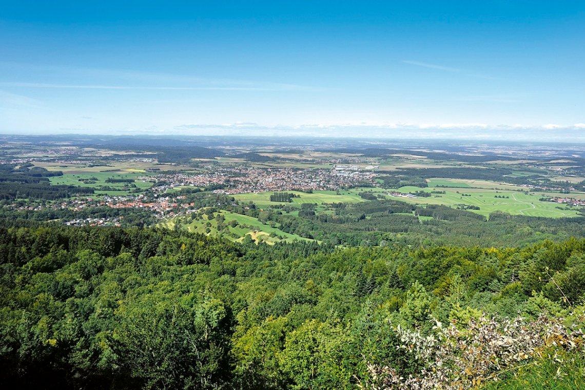 Blick vom Blasenberg über Thanheim und Bisingen