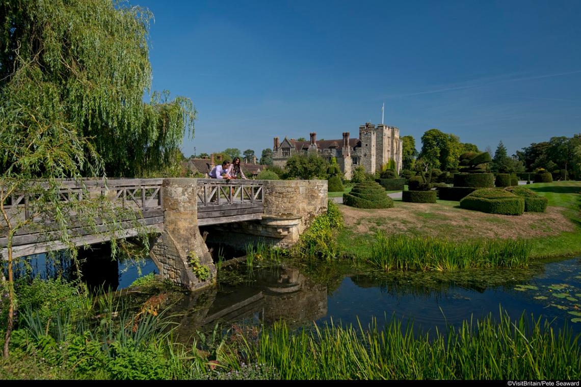 Hever Castle und Gärten in Kent, England