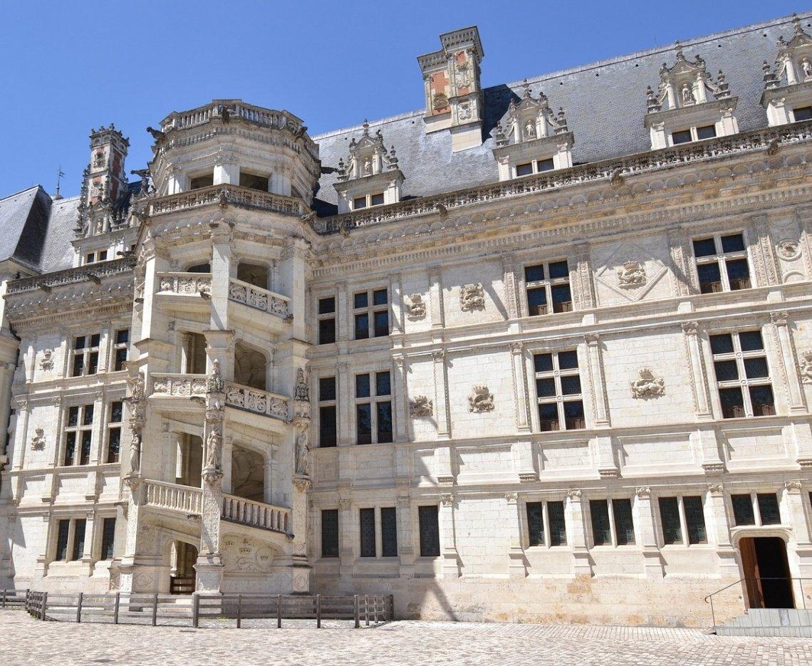 Fassade Schloss Blois im Loiretal