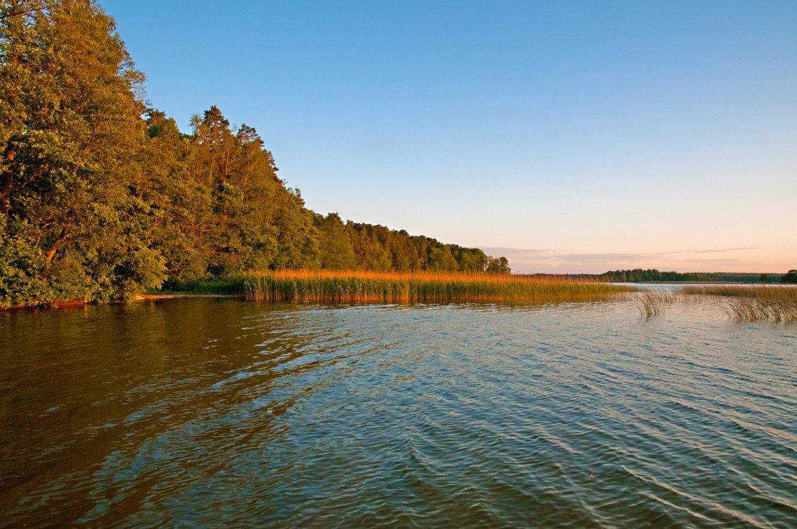 See in Masuren im Herbst