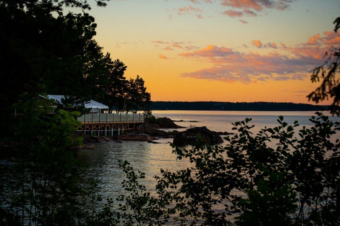 Blick auf den See Vänern in Schweden von Ursand Resort und Camping