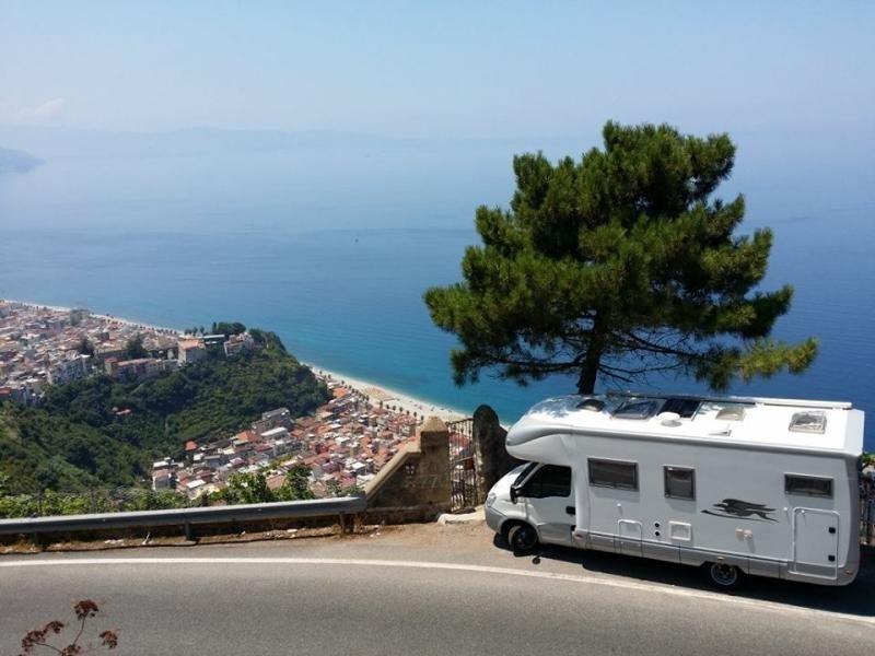 Laika camper op corsica