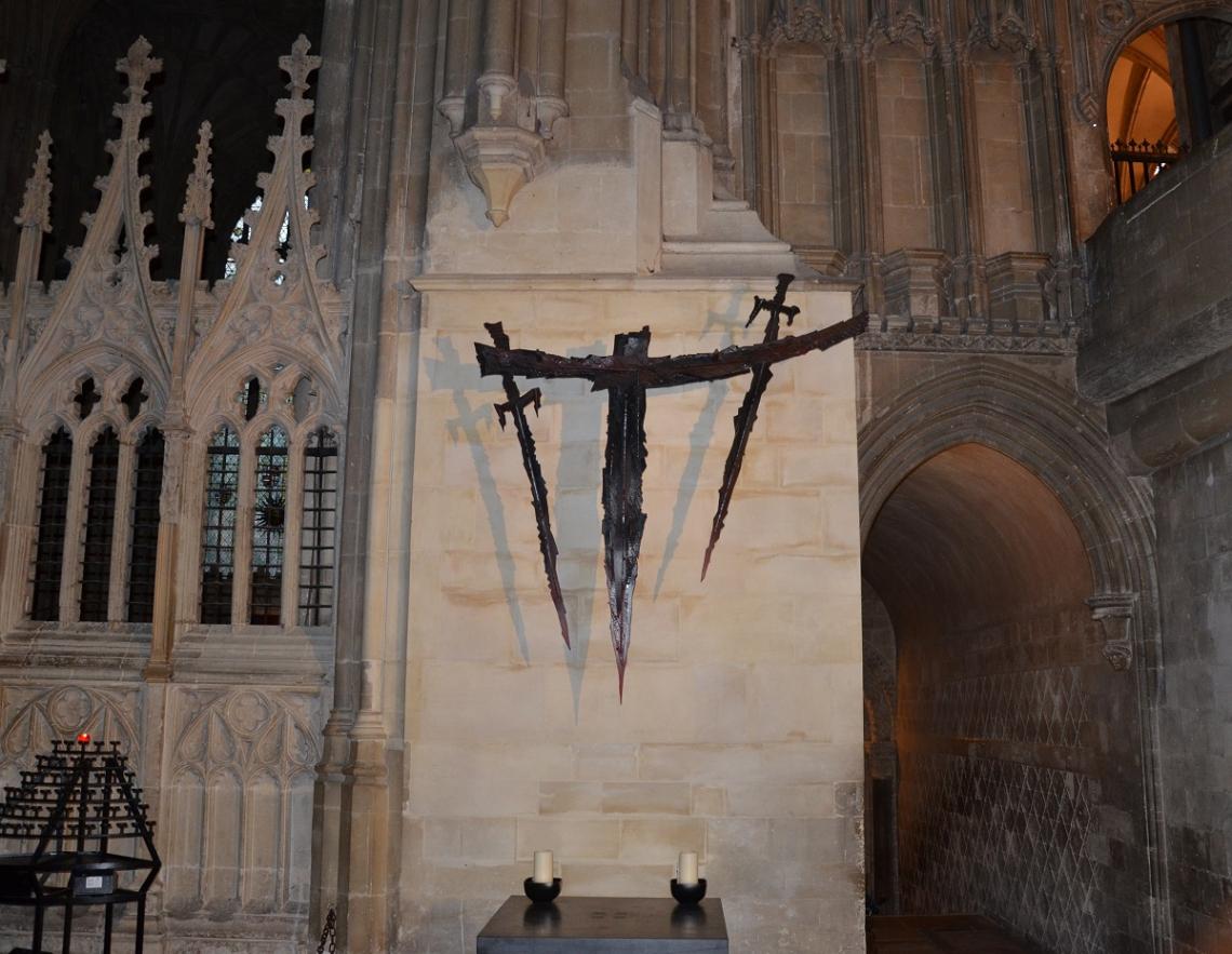 Canterbury Cathedral Schwerter