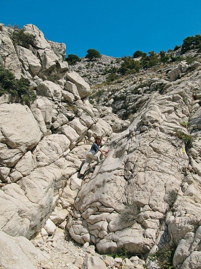Familienwanderung auf Krk mit Klettereinlagen